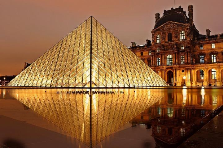 La Pirámide del Museo de Louvre (lo que no sabíasde)