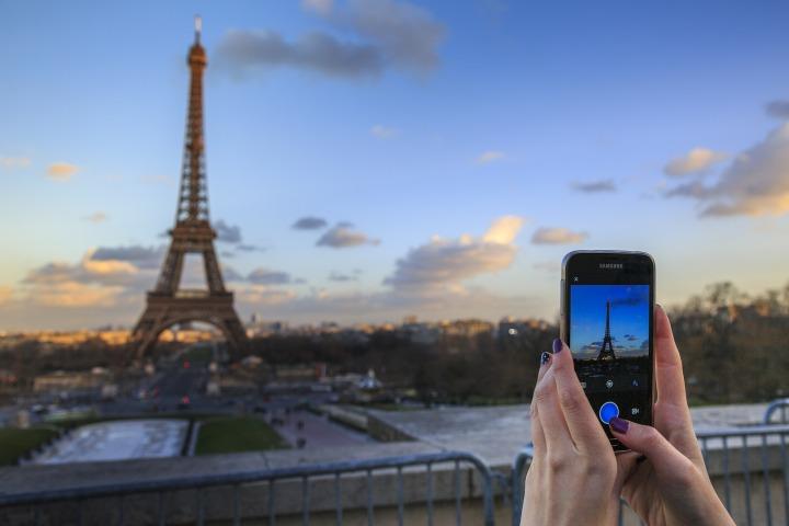 Joyeux anniversaire à la tour Eiffel!