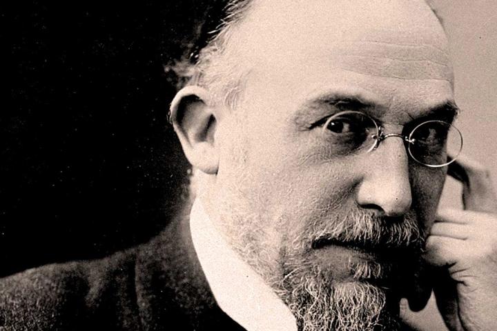 Le personnage | Erik Satie: esa música de tus películas yseries